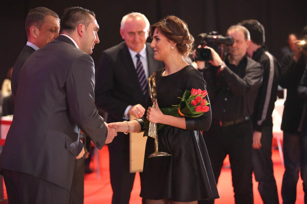 Lq3a2868_6-2-2015_Targi Kielce_Plebiscyt sportowy_Karolina Koleczek_siostra