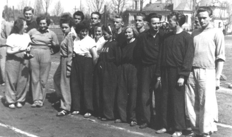 Otwarcie Ogólnopolskich Igrzysk Zrzeszenia Sportowego Unia w Pionkach, lipiec 1955