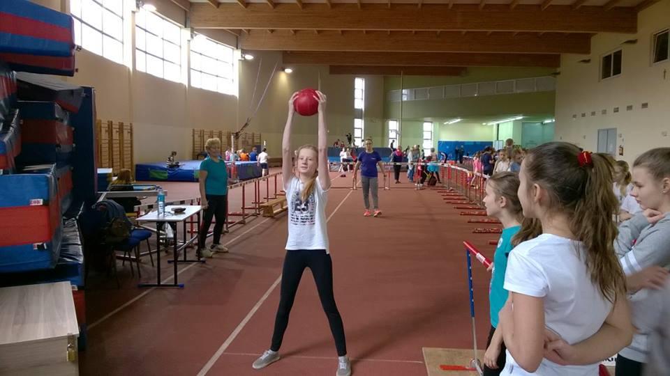 Halowe mistrzostwa kieleckich szkół w wieloboju (fot. KKL Kielce)
